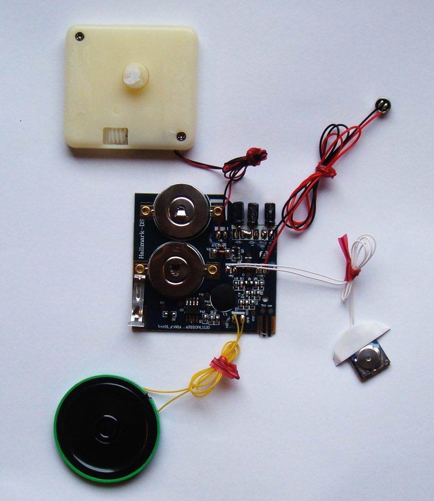 Hallmark Digital Sound Recorder Diy Breakdown Repurpose Guide Doityourself Customized Circuit Board Pcb Making Do It Innovations Voice Card The Project